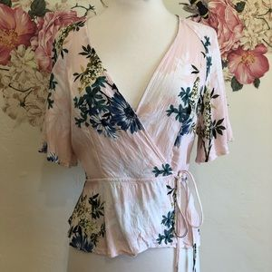 Nordstrom ASTR | wrap blouse size Large